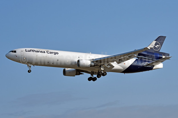 The last operational Lufthansa Cargo MD-11F