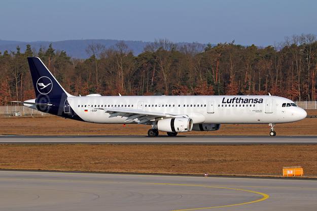 Lufthansa Airbus A321-231 D-AISP (msn 3864) FRA (Marcelo F. De Biasi). Image: 944223.