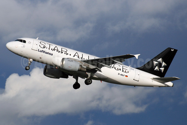 Lufthansa Airbus A319-114 D-AILF (msn 636) (Star Alliance) LHR (SPA). Image: 926820.