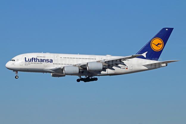 Lufthansa Airbus A380-841 D-AIMH (msn 070) LAX (Michael B. Ing). Image: 933650.