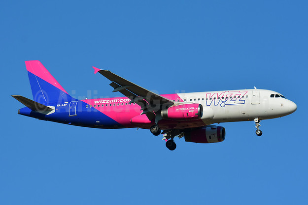 Wizz Air (wizzair.com) (Hungary) Airbus A320-232 HA-LWF (msn 3562) BSL (Paul Bannwarth). Image: 943580.