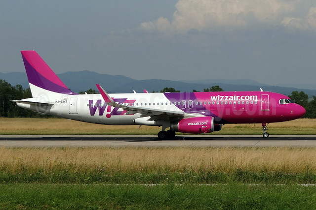 Wizz Air (wizzair.com) (Hungary) Airbus A320-232 WL HA-LWS (msn 5608) BSL (Paul Bannwarth). Image: 913356.