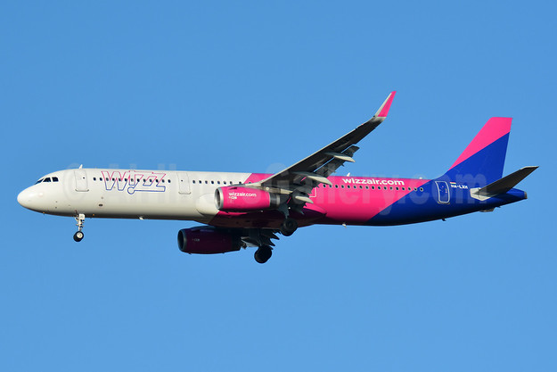 Wizz Air  (Hungary) Airbus A321-231 WL HA-LXH (msn 7217) BSL (Paul Bannwarth). Image: 941506.