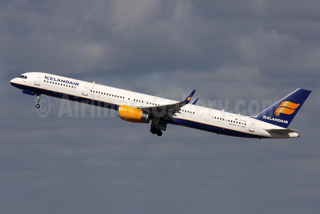 Icelandair Boeing 757-308 WL TF-FIX (msn 29434) LHR (Antony J. Best). Image: 909469.