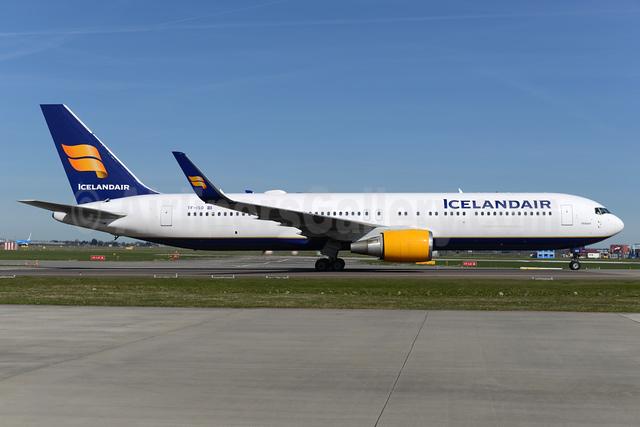 Icelandair Boeing 767-319 ER WL TF-ISO (msn 29388) AMS (Ton Jochems). Image: 937356.