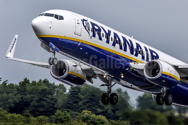 Ryanair Up Close and in your Face