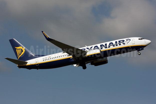 Ryanair Boeing 737-8AS WL EI-EKC (msn 38495) LGW (SPA). Image: 931519.