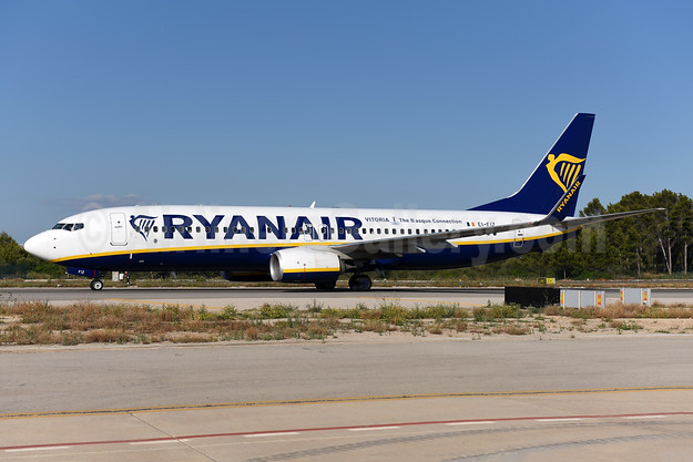 Ryanair Boeing 737-8AS WL EI-FIZ (msn 44709) (Vitoria - The Basque Connection) PMI (Ton Jochems). Image: 943423.
