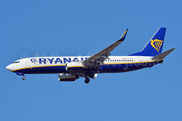 Ryanair Boeing 737-8AS WL EI-EBC (msn 37520) BSL (Paul Bannwarth). Image: 943420.