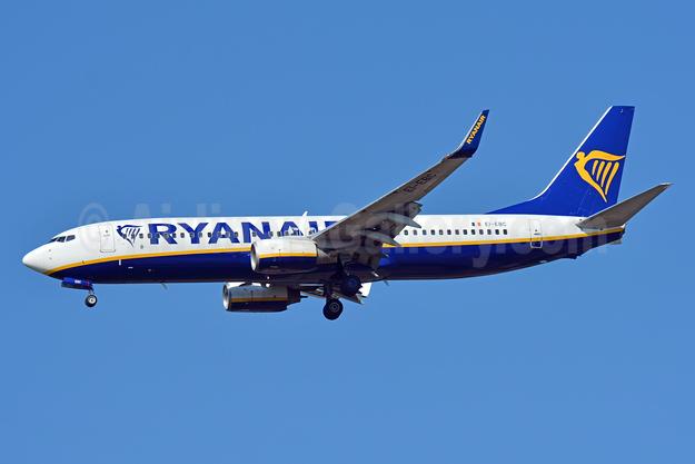 Ryanair Boeing 737-8AS WL EI-EBC (msn 37520) BSL (Paul Bannwarth). Image: 943420.