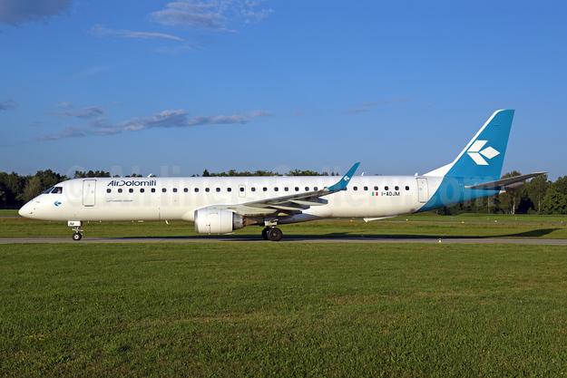 Air Dolomiti Embraer ERJ 190-200LR (ERJ 195) I-ADJM (msn 19000258) ZRH (Rolf Wallner). Image: 951204.