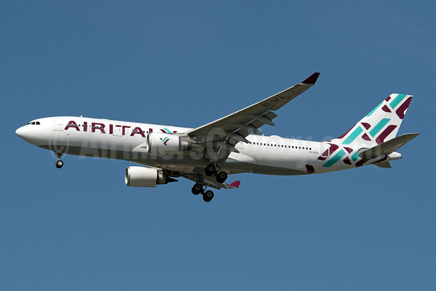 Air Italy (3rd) Airbus A330-202 EI-GFX (msn 571) JFK (Fred Freketic). Image: 946242.