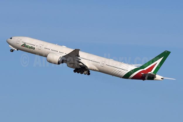 Alitalia (3rd) (Societa Aerea Italiana) Boeing 777-3Q8 ER EI-WLA (msn 35783) JFK (Robbie Shaw). Image: 948356.