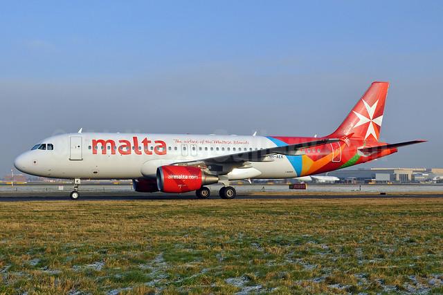 Malta - airmalta.com (Air Malta 2nd) Airbus A320-214 9H-AEK (msn 2291) LHR (Dave Glendinning). Image: 910261.