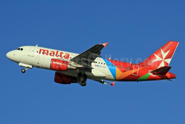 Malta - airmalta.com (Air Malta 2nd) Airbus A319-111 9H-AEL (msn 2332) LHR (SPA). Image: 926424.