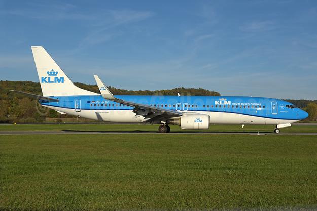 KLM Royal Dutch Airlines (Transavia Airlines Netherlands) Boeing 737-8K2 WL PH-HSE (msn 39259) ZRH (Rolf Wallner). Image: 939525.