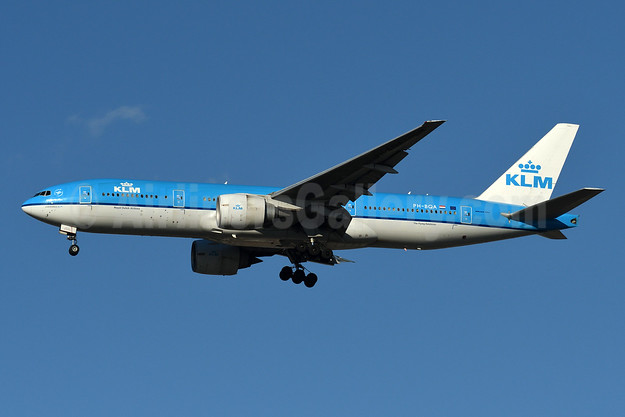 KLM Royal Dutch Airlines Boeing 777-206 ER PH-BQA (msn 33711) JFK (Fred Freketic). Image: 942672.