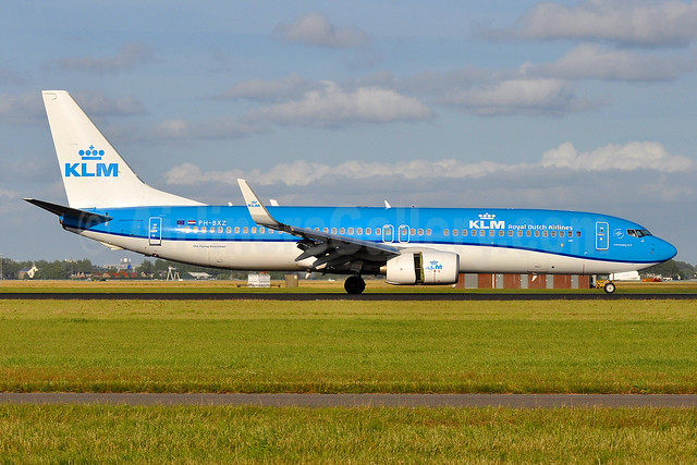 KLM Royal Dutch Airlines Boeing 737-8K2 WL PH-BXZ (msn 30368) AMS (Tony Storck). Image: 935350.