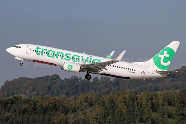 Transavia Airlines (Netherlands) Boeing 737-800 WL PH-HXK (msn 62157) ZRH (Andi Hiltl). Image: 943966.
