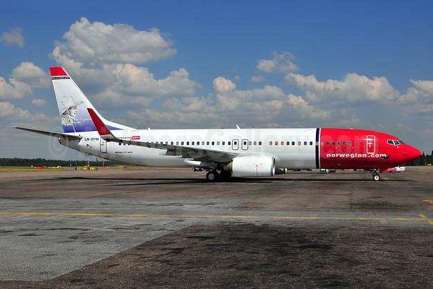 Norwegian Air Shuttle (Norwegian.com) Boeing 737-8JP WL LN-DYH (msn 40865) (Soren Kiergaard) HEL (Ton Jochems). Image: 911080.