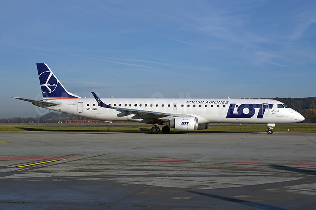 LOT Polish Airlines Embraer ERJ 190-200LR (ERJ 195) SP-LND (msn 19000516) ZRH (Rolf Wallner). Image: 945847.
