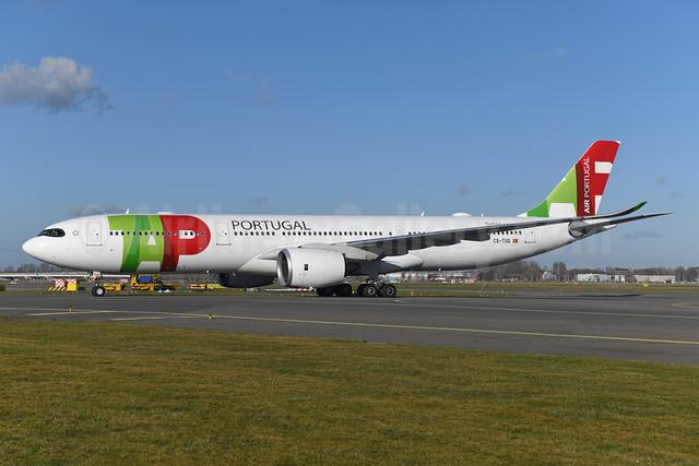 TAP Portugal - Air Portugal Airbus A330-941 CS-TUQ (msn 1941) AMS (Ton Jochems). 953071.
