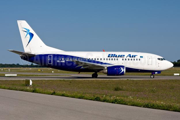 Blue Air Boeing 737-530 YR-AME (msn 24941) MUC (Gunter Mayer). Image: 954720.