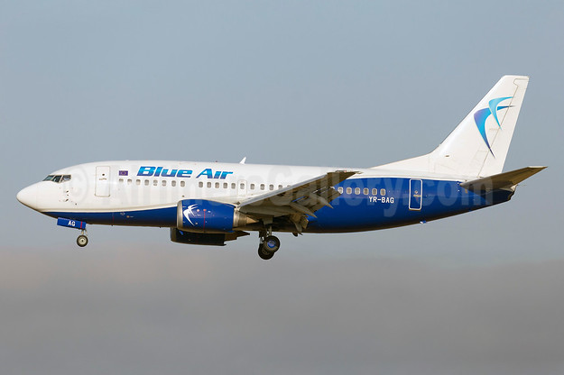 Blue Air Boeing 737-5L9 YR-BAG (msn 24778) FCO (Stefan Sjogren). Image: 938923.