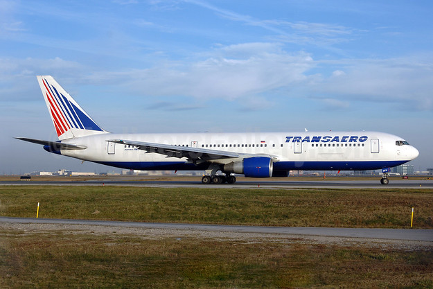 Transaero Airlines Boeing 767-33A ER EI-DFS (msn 25346) YYZ (TMK Photography). Image: 909754.