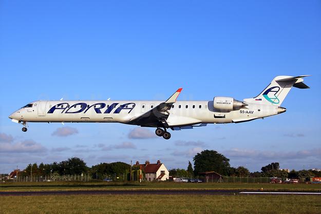 Adria Airways Bombardier CRJ900 (CL-600-2D24) S5-AAV (msn 15284) SEN (Keith Burton). Image: 927966.