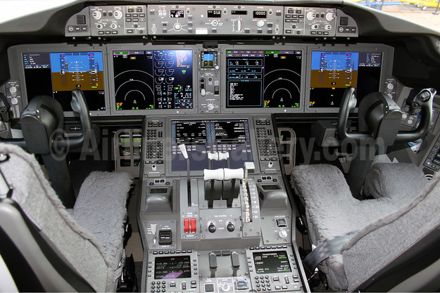 Cockpit of Air Europa' first Boeing 787-9 Dreamliner
