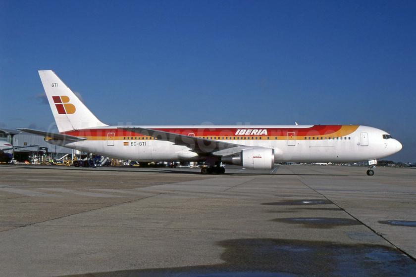 Ex Air Europa, delivered on December 4, 1999