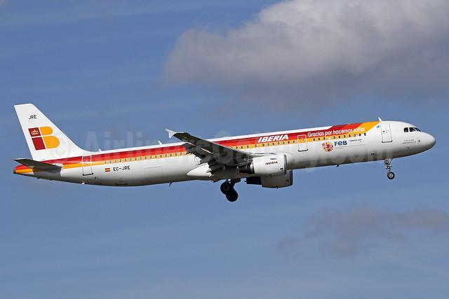 Iberia Airbus A321-212 EC-JRE (msn 2756) (Gracias por hacernos sonar - FEB) LHR (Michael B. Ing). Image: 909363.