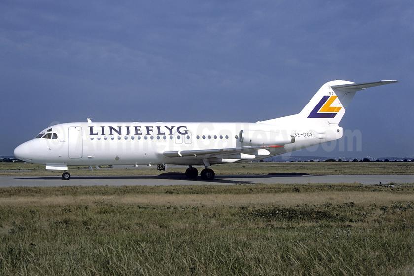 Linjeflyg Fokker F.28 Mk. 4000 SE-DGS (msn 11236) ORY (Jacques Guillem). Image: 939570.