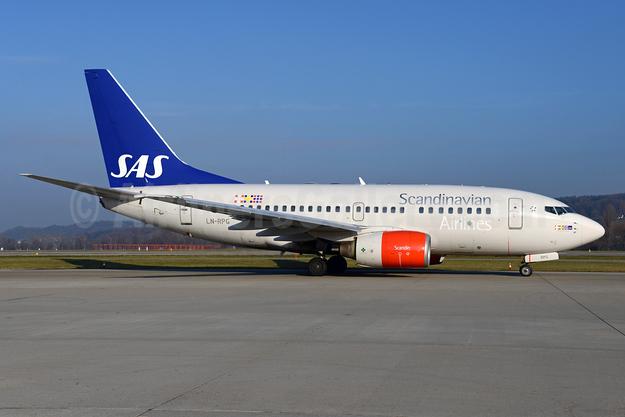 Scandinavian Airlines-SAS Boeing 737-683 LN-RPG (msn 28310) ZRH (Rolf Wallner). Image: 935825.