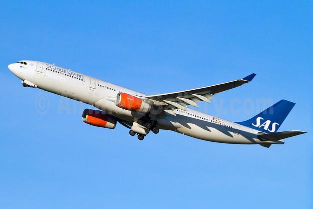 Scandinavian Airlines-SAS Airbus A330-343 SE-REE (msn 515) ARN (Stefan Sjogren). Image: 905686.