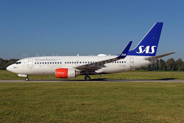 Scandinavian Airlines-SAS Boeing 737-783 WL LN-RRB (msn 32276) ZRH (Rolf Wallner). Image: 952158.