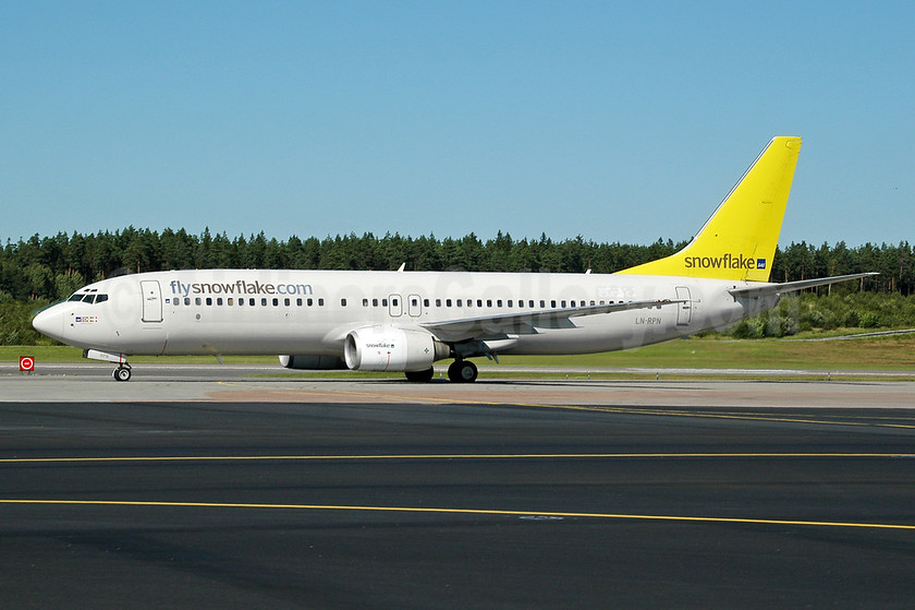 Snowflake (SAS) Boeing 737-883 LN-RPN (msn 30470) ARN (Ton Jochems). Image: 953508.