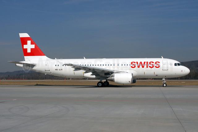 Swiss International Air Lines Airbus A320-214 HB-JLR (msn 5037) ZRH (Rolf Wallner). Image: 907982.