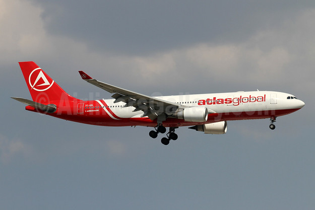 AtlasGlobal Airlines (Turkey) Airbus A330-203 TC-AGL (msn 700) AYT (Andi Hiltl). Image: 949067.