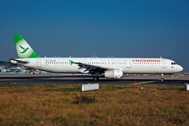 Freebird Airlines Airbus A321-131 TC-FBG (msn 771) FRA (Bernhard Ross). Image: 903694.