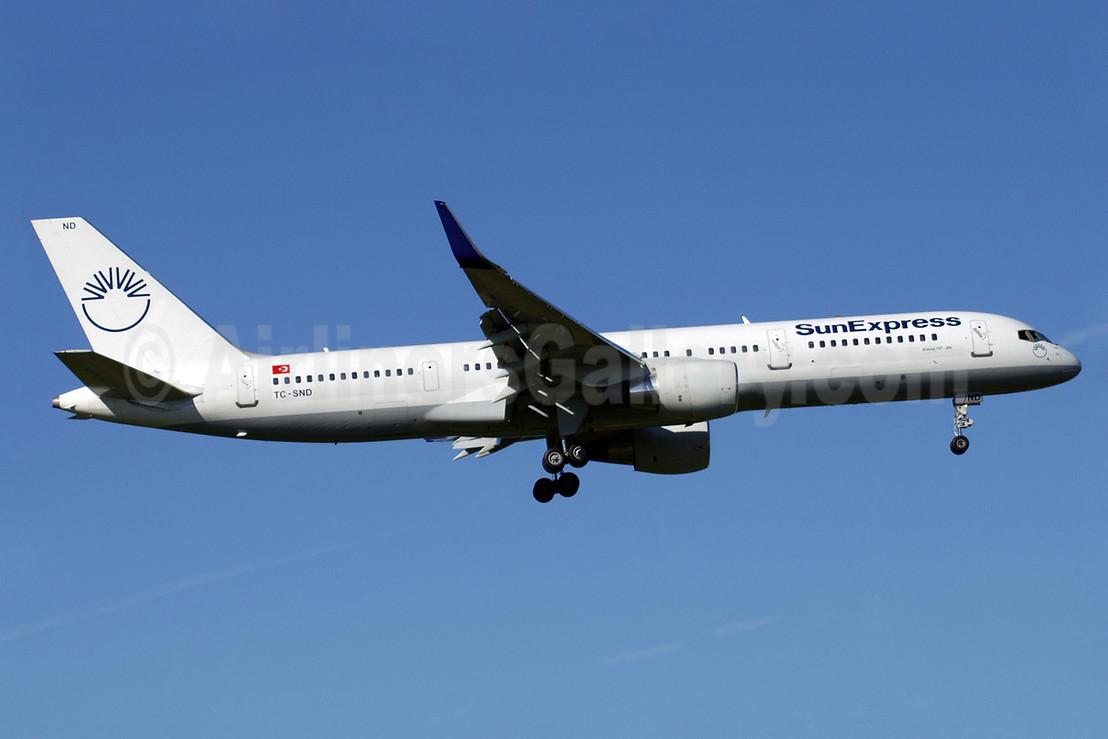 SunExpress Airlines Boeing 757-2Q8 WL TC-SND (msn 26268) ZRH (Paul Denton). Image: 910810.
