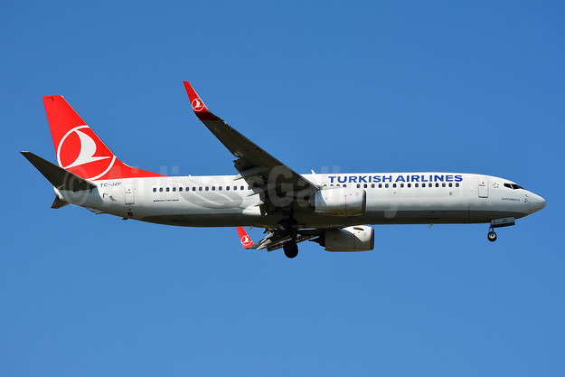 Turkish Airlines Boeing 737-8F2 WL TC-JZF (msn 60027) TLS (Paul Bannwarth). Image: 944673.