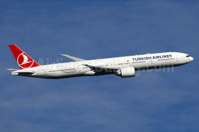 Turkish Airlines Boeing 777-3F2 ER TC-LJA (msn 44121) LHR (SPA). Image: 935142.