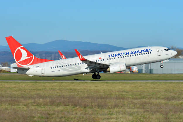 Turkish Airlines Boeing 737-8F2 WL TC-JHT (msn 42001) BSL (Paul Bannwarth). Image: 942550.