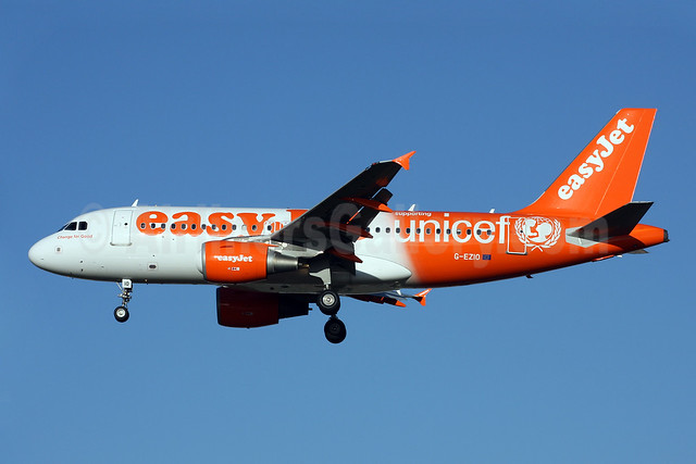 easyJet (UK) Airbus A319-111 G-EZIO (msn 2512) (Supporting UNICEF) LGW (Terry Wade). Image: 910124.