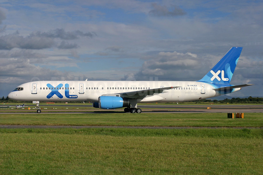 XL Airways (UK) (XL.com) Boeing 757-2Y0 G-VKNA (msn 25240) MAN (Antony J. Best). Image: 936816.