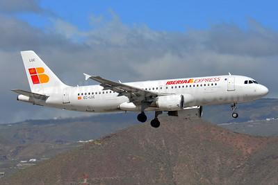 Iberia Express Airbus A320-214 EC-LUC (msn 1059) TFS (Paul Bannwarth). Image: 929041.