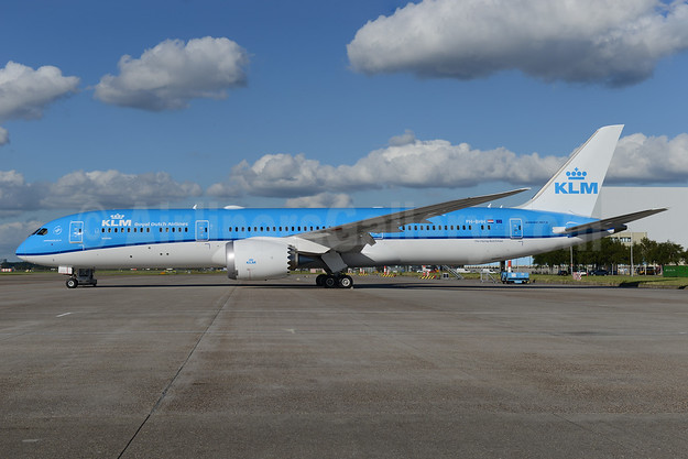 "KLM's 9th 787 is named ""Jasmijn"" (Jasmine), delivered on August 26, 2016"