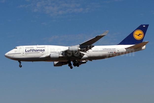 Lufthansa Boeing 747-430 D-ABVD (msn 24740) FRA (Paul Bannwarth). Image: 930895.